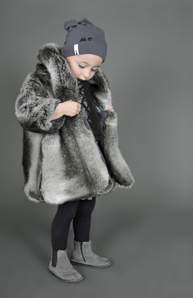 toddler-girl-coats-omamimini-fur-coat-grey-lifestyle.jpg